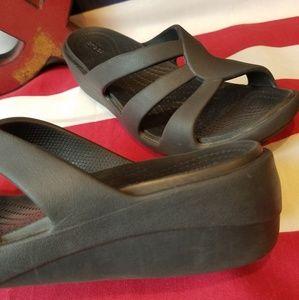 CROCS Shoes - Women's Dual Crocs Comfort Sandals Size 6
